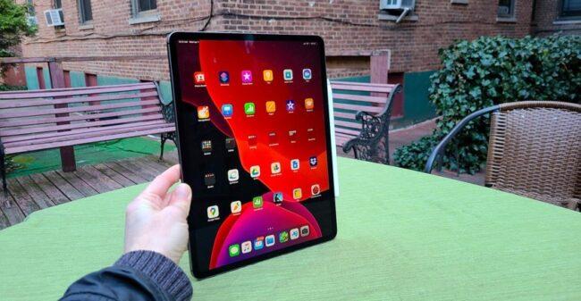 Какой планшет от компании Apple лучше купить в 2021 году
