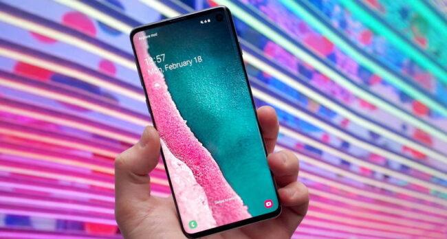 Какой смартфон лучше купить в 2021 году: Samsung, Honor, Huawei или Xiaomi
