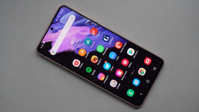ТОП—7. Лучшие смартфоны до 55000 рублей. Май 2021. Рейтинг!