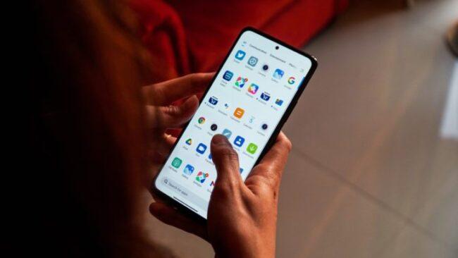 ТОП—8. Лучшие смартфоны до 200$. Рейтинг на Июнь 2021 года!
